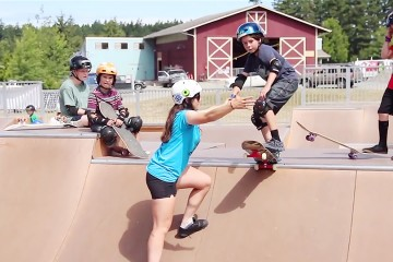 FI_Skate_Like_a_Girl_camp_lopez_island