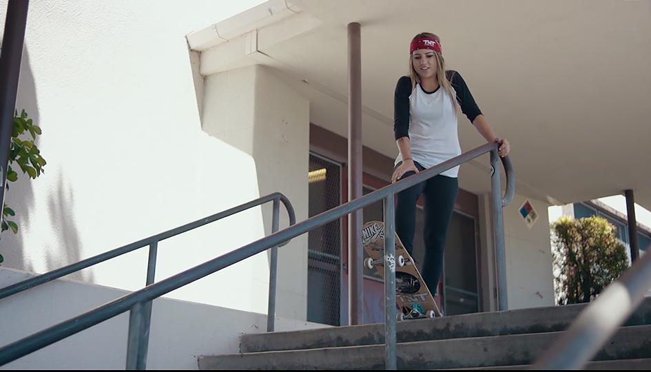 FI_skate_push_berrics_Leticia_ep5