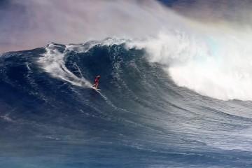 FI_surf_bethany_hamilton_at_jaws