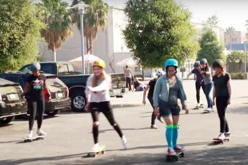 FI - Skate - Women Try Skateboarding for 30 Days