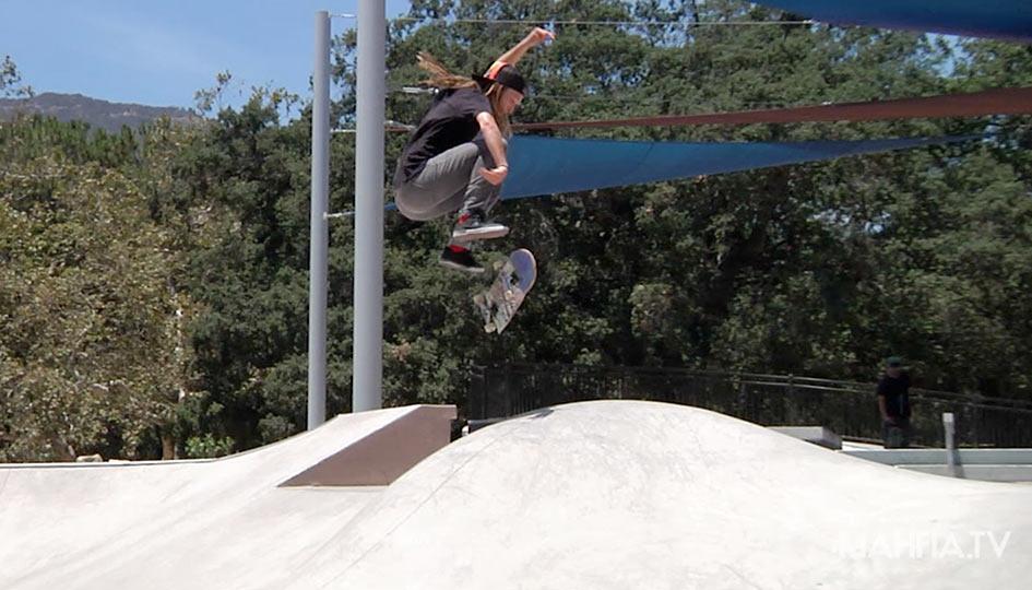 FI - Skate - Chryssie Banfell