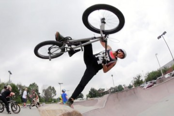 FI_bmx_Concrete-Surfing-in-Colorado