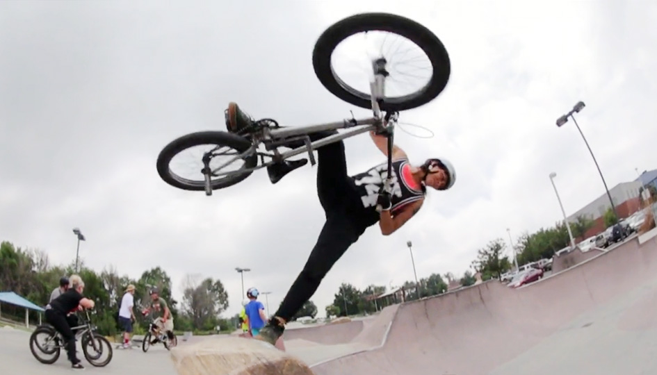 [BMX] Concrete Surfing in Colorado | MAHFIA.TV