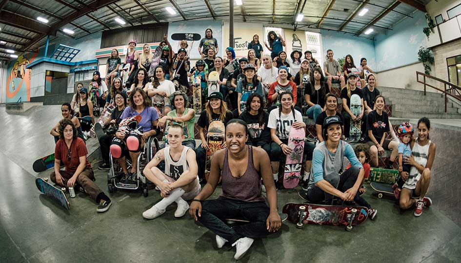 FI_skate_girls_skate_la_berrics_session_july